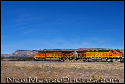 burlington northern santa fe freight engines in western New Mexico