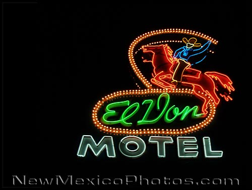 neon sign at El Don motel, on old route 66 in Albuquerque
