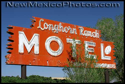 longhorn ranch sign on old route 66 in Moriarty