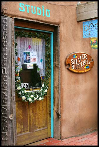 store entrance in old town albuquerque
