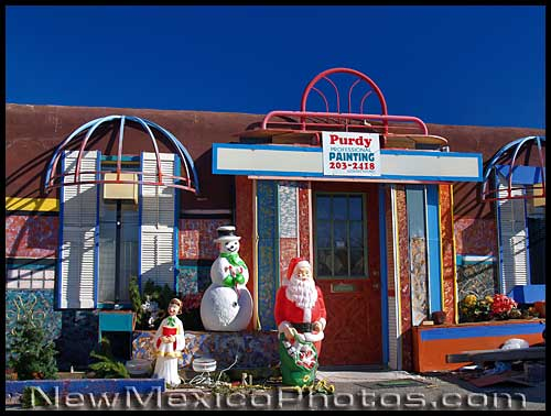 Christmas decorations in front of an Albuquerque business