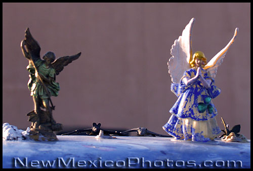 angels on the roof of the quintessential New Mexican car