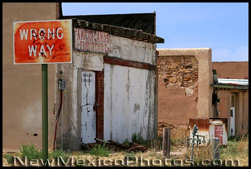 wrong way sign in Tucumcari