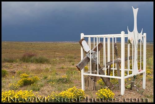 a descanso with a fence, on Albuquerque's southwest mesa